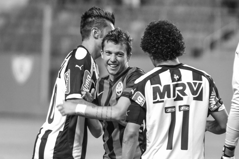 Bernard playing for Shakhtar versus former club Atlético Mineiro. Foto: Bruno Cantini/ Clube Atlético Mineiro