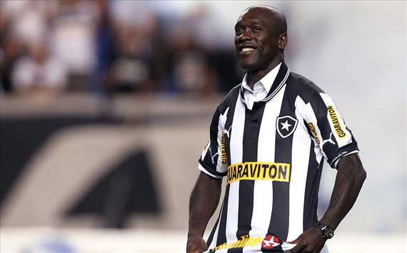 Clarence Seedorf in his Botafogo shirt