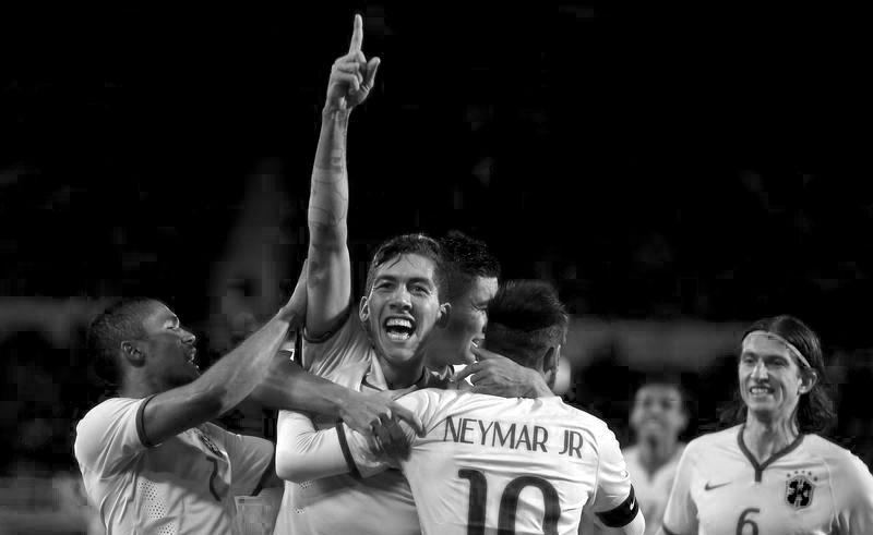 Roberto Firmino and Neymar Brazil